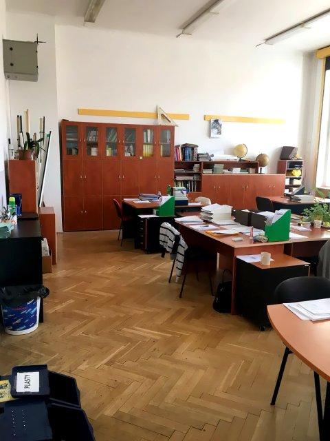 gymnazium-klamovka-01